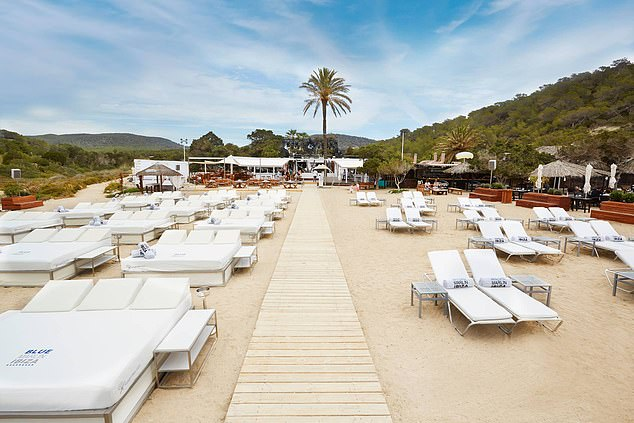Spending a day at Blue Marlin will give you the best of both worlds - the music and vibe of a club, but in the sun!